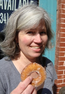 theresa and donut